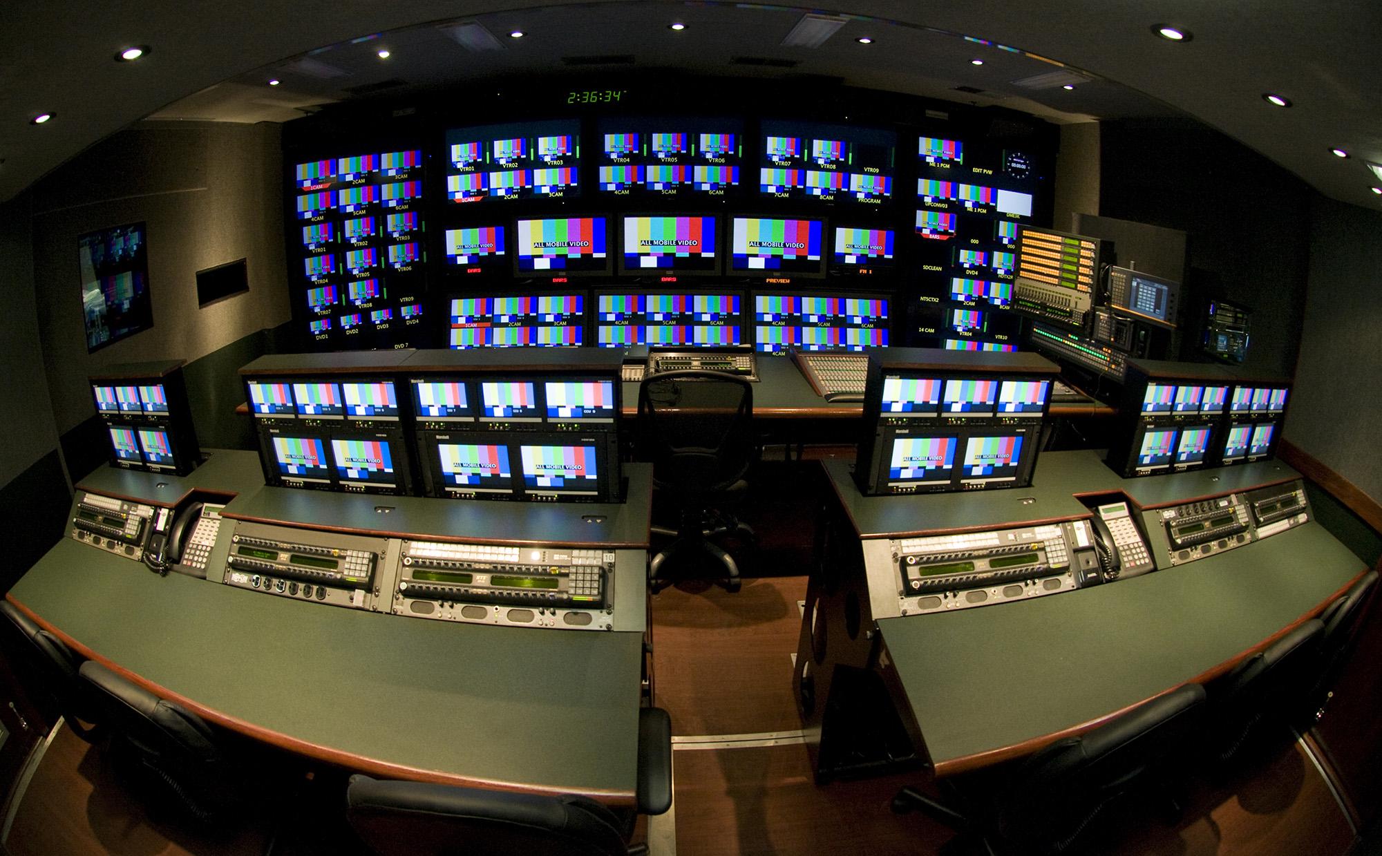 Ο δρόμος της Αρετής και ο δρόμος της Κακίας για τις τηλεοπτικές άδειες