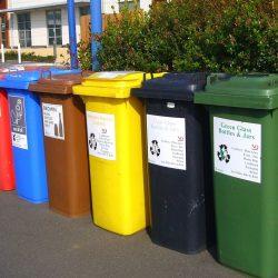 Ουραγός στις εξαγωγές η χώρα μας, αλλά εισάγουμε διαχείριση αποβλήτων!